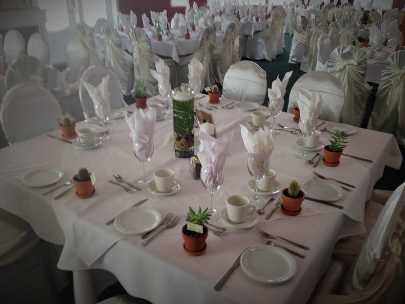 wedding-table-setting-la-cite-golf-a-catered-affair-by-tim-mcrae-3-2